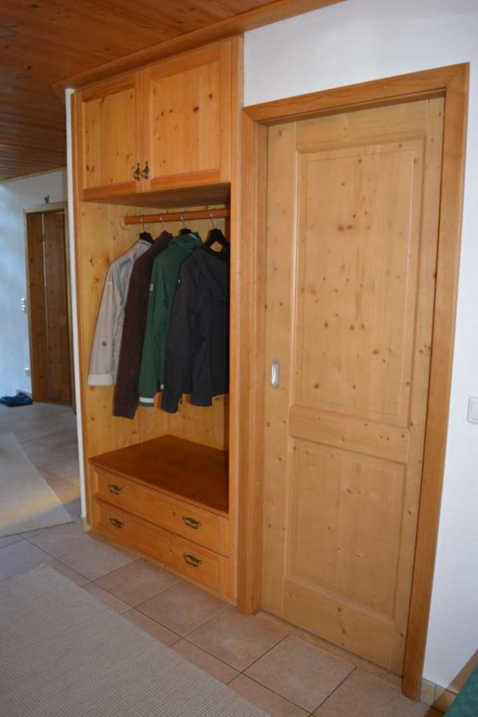 Garderobe in Fichte geölt