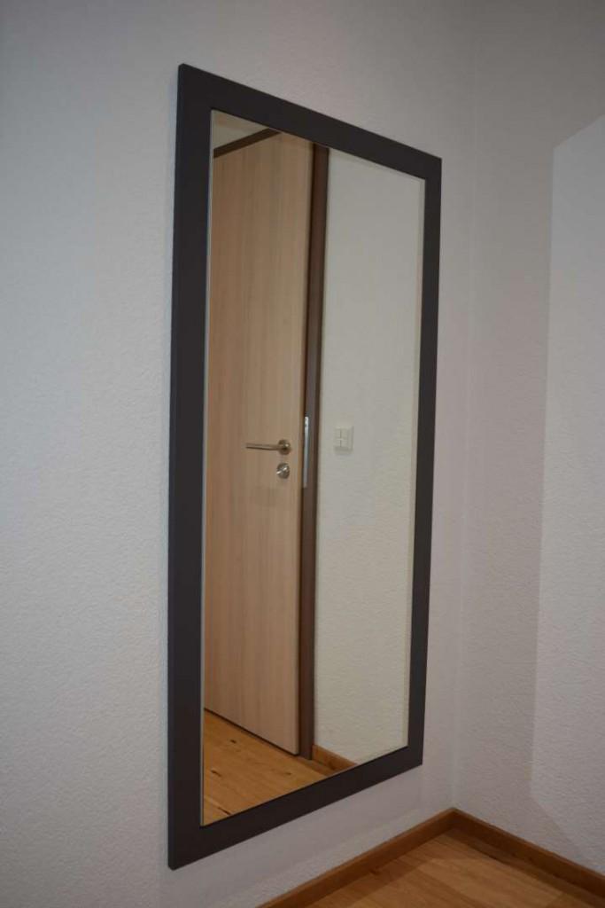 Einbauschrank mit Spiegelfront
