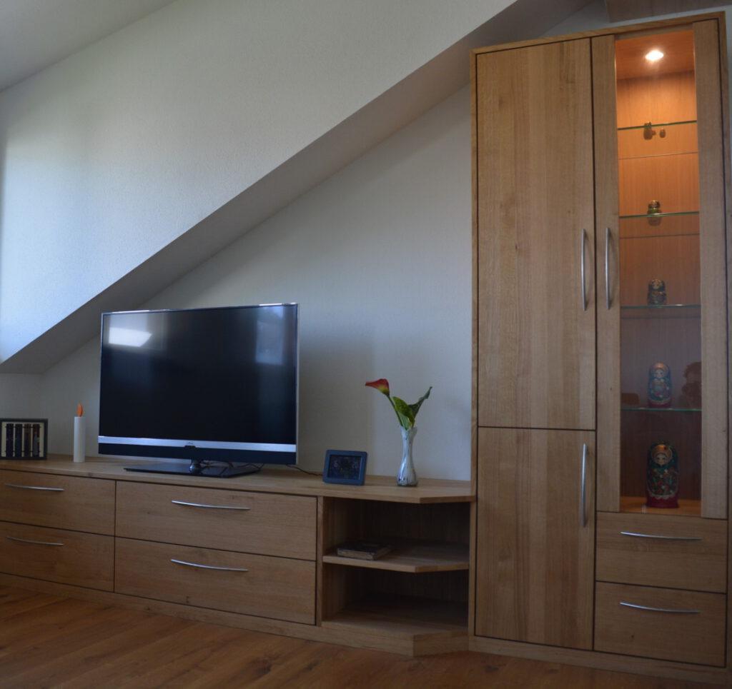 Wohnzimmer in Eiche massiv